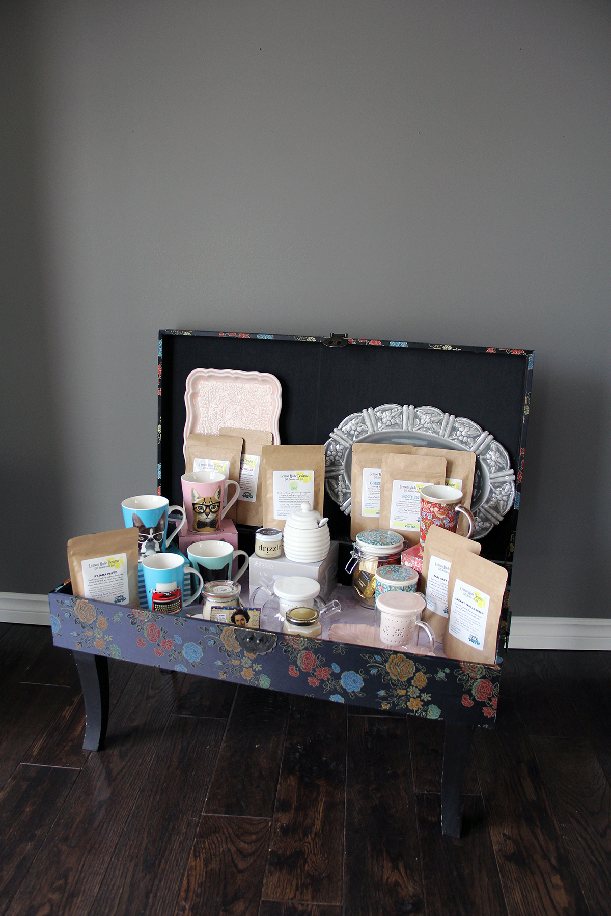 Want more tea chest chats? Click this photo!
