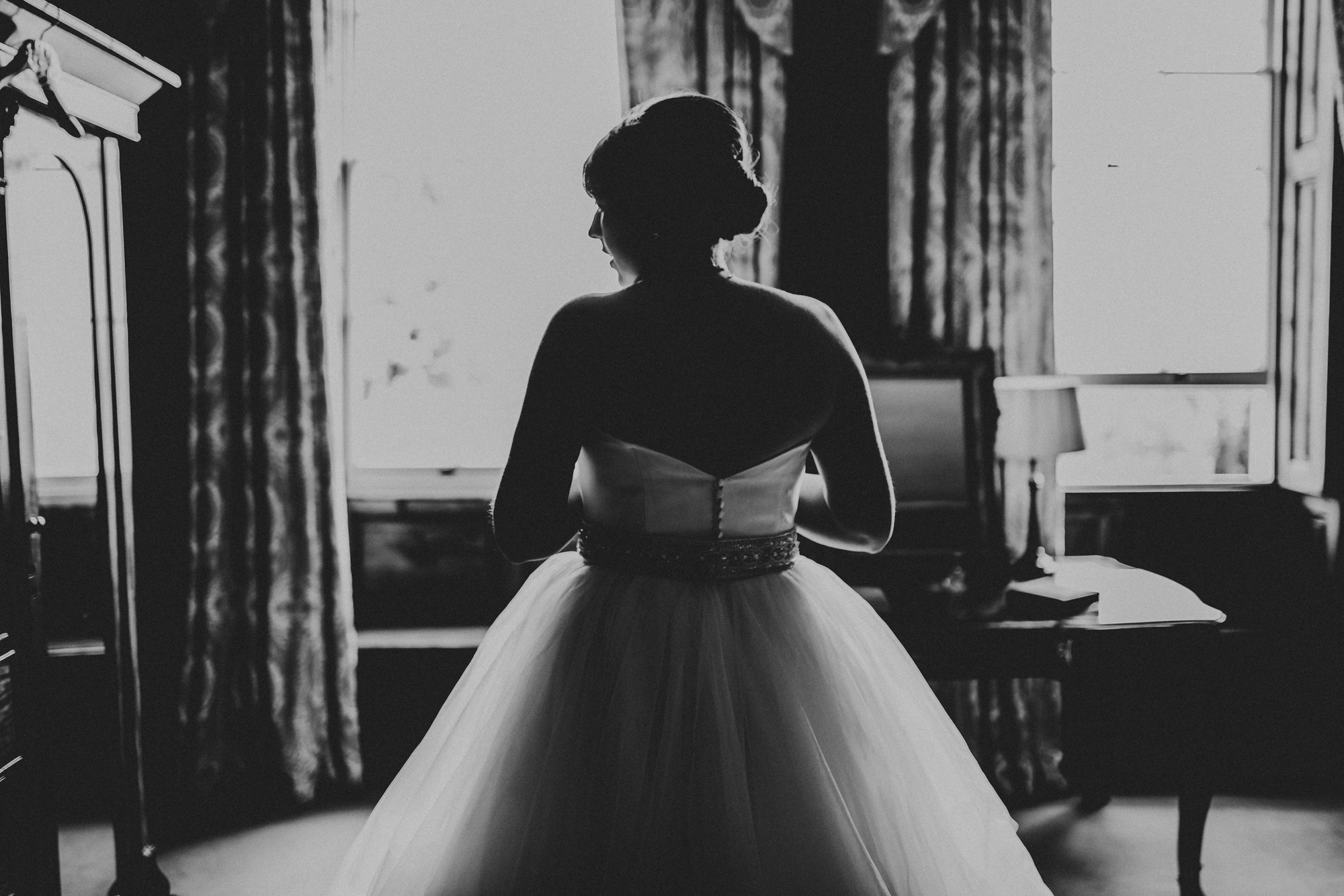 Elmore Court Wedding Photography-15.jpg
