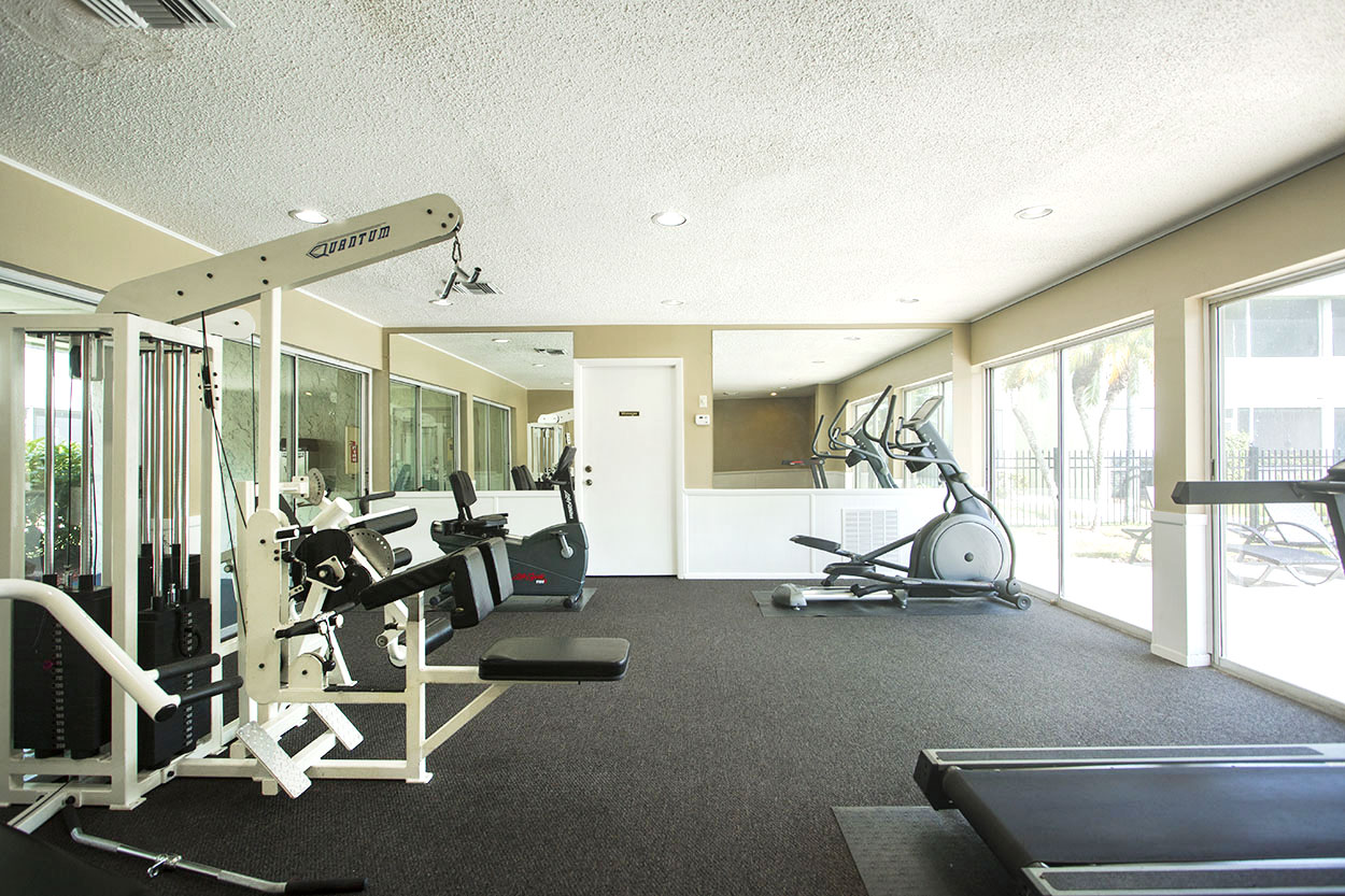 largo-pinellas-clearwater-one-two-bedroom-rental-gym.jpg