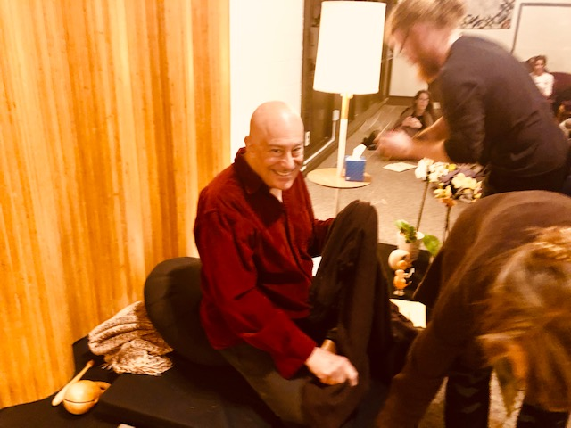 Shin's Mins (Minions) untangle and free him after his final nightly Dharma talk, commending us all on Work well done.