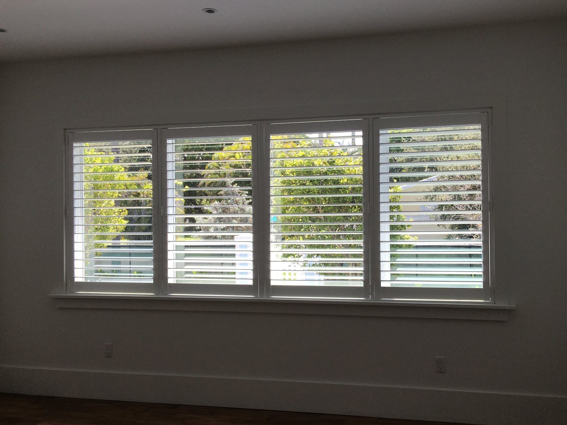 Poly Shutters with Rear Controlled Louver Slats