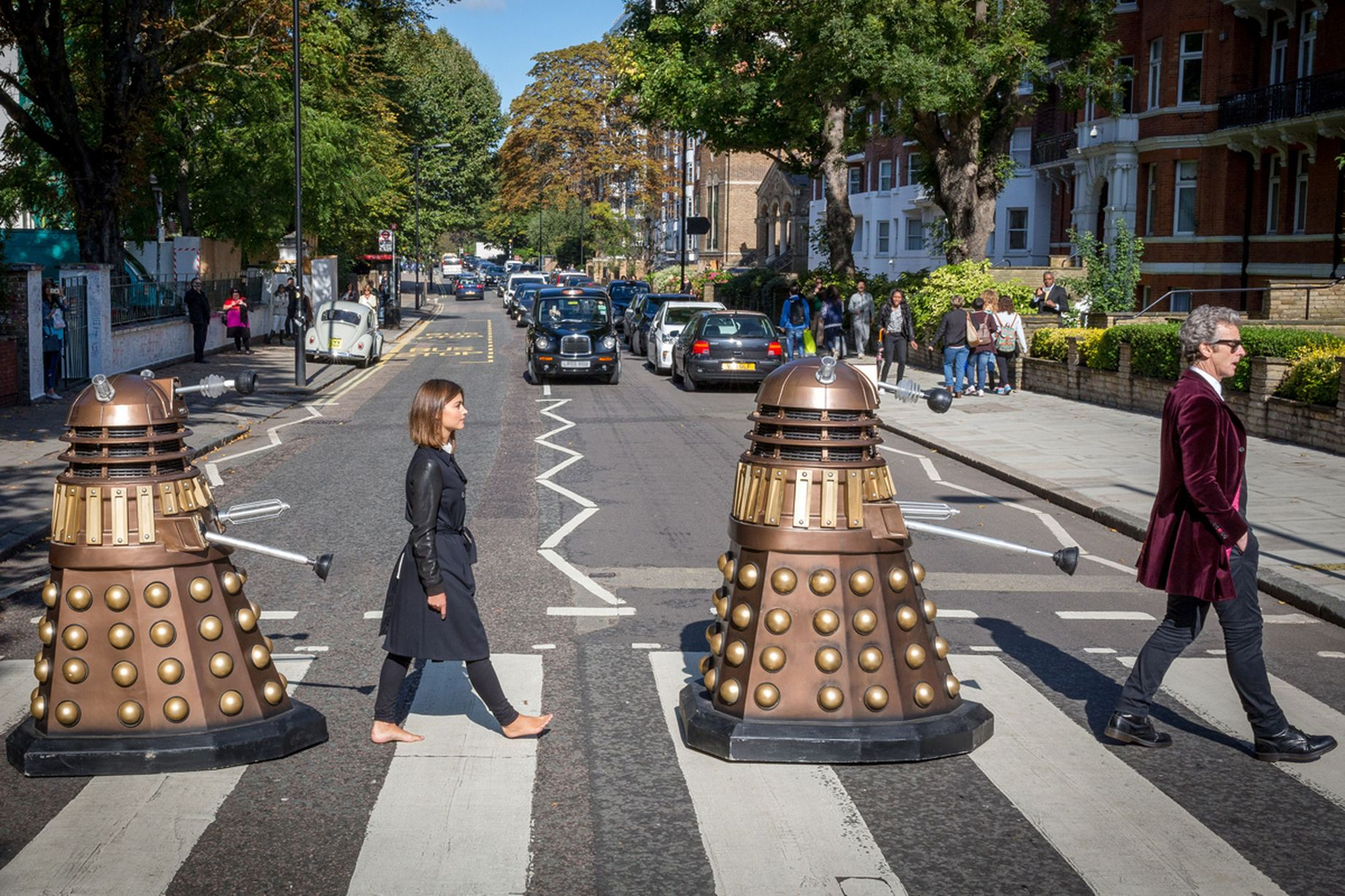0_The-Doctor-and-Clara-at-Abbey-Road-Crossing.jpg