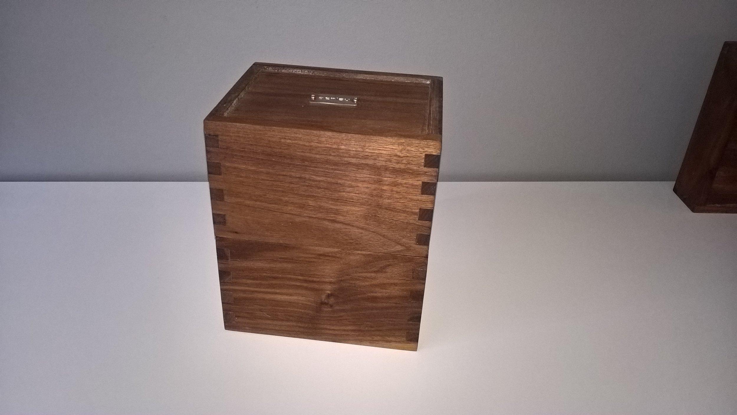 Penlau®  dishbox - medium -lukket