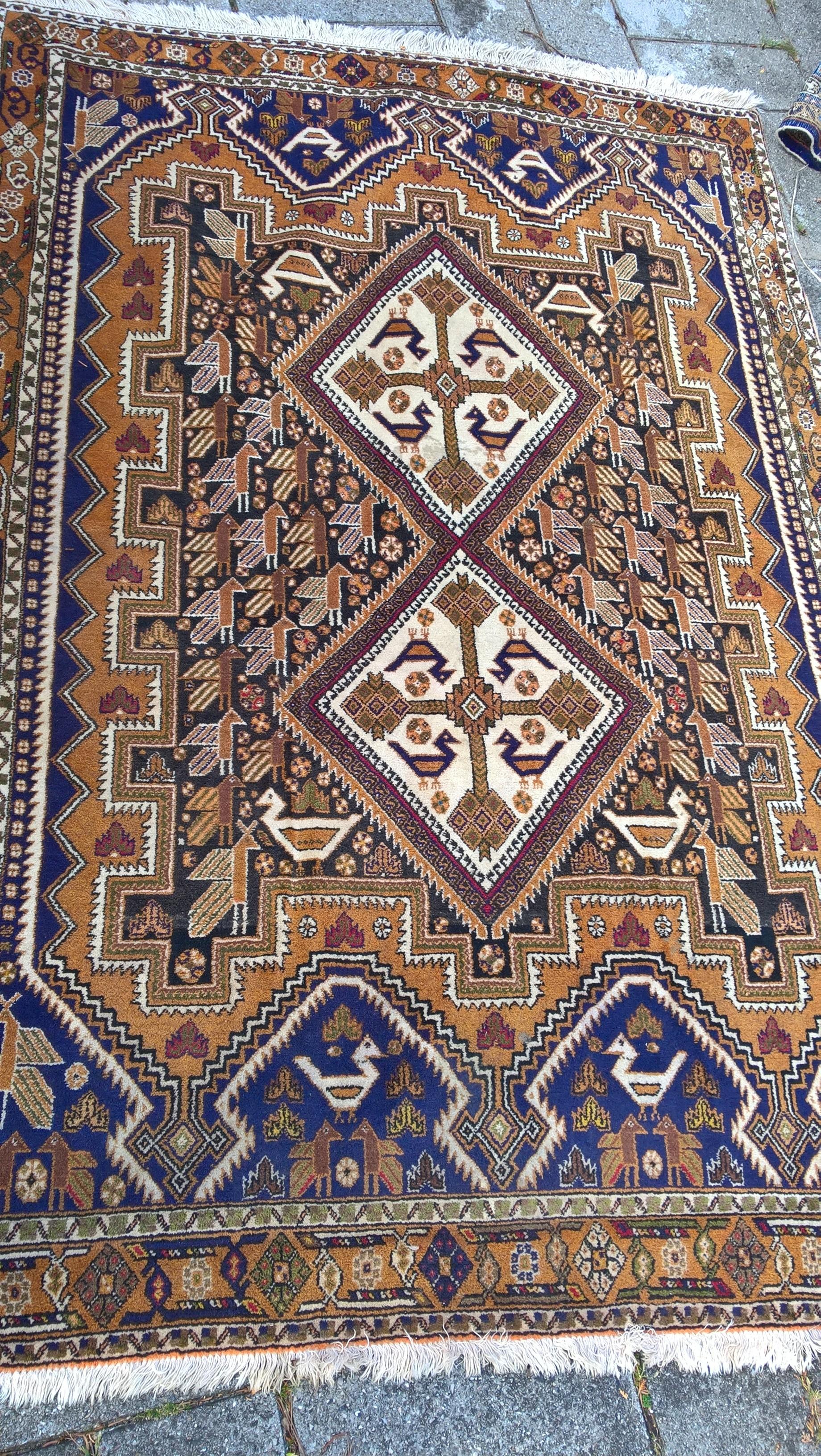 Flot persisk kamelfarvet tæppe fra Atsnor 280 x 150 cm