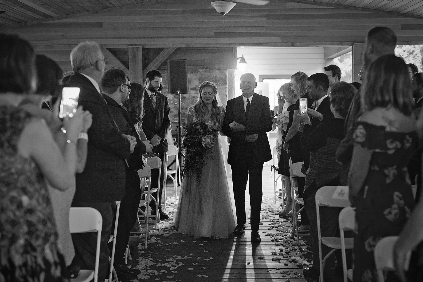 Bucks_County_wedding_photographer_Stroudsmoor_country_inn_wedding_Philadelphia_wedding_photographer_12_here_comes_the_bride_stroudsmoor_country_inn.JPG