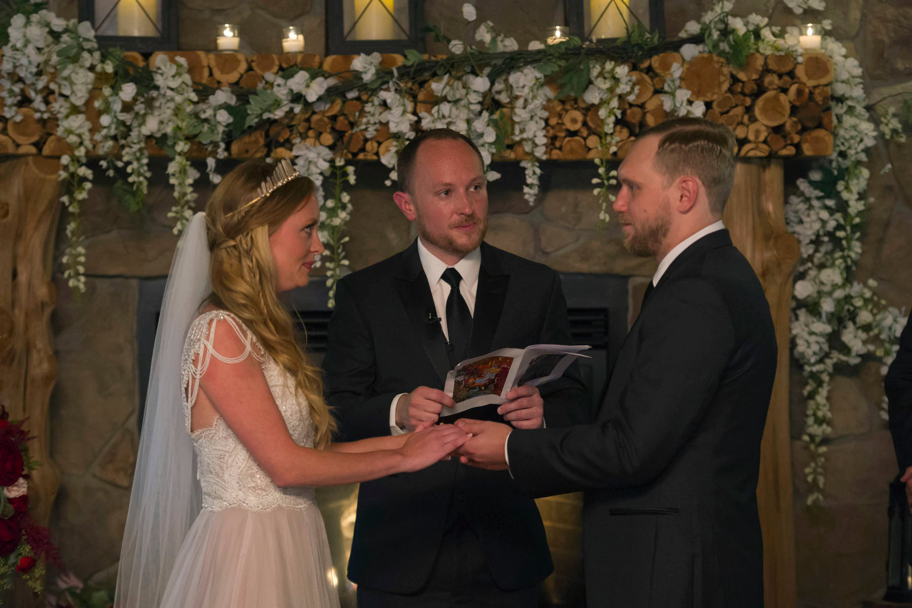 Bucks_County_wedding_photographer_Stroudsmoor_country_inn_wedding_Philadelphia_wedding_photographer_18_bride_and_groom_sharing_vows.JPG