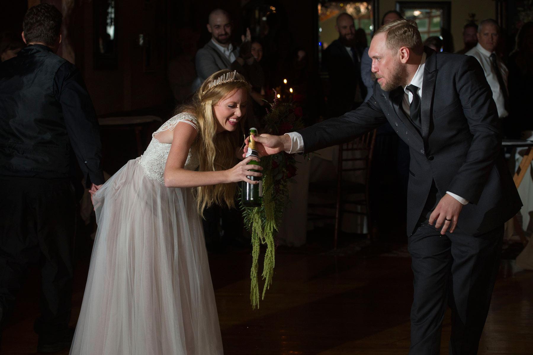 Bucks_County_wedding_photographer_Stroudsmoor_country_inn_wedding_Philadelphia_wedding_photographer_27_bride_groom_entrance.JPG
