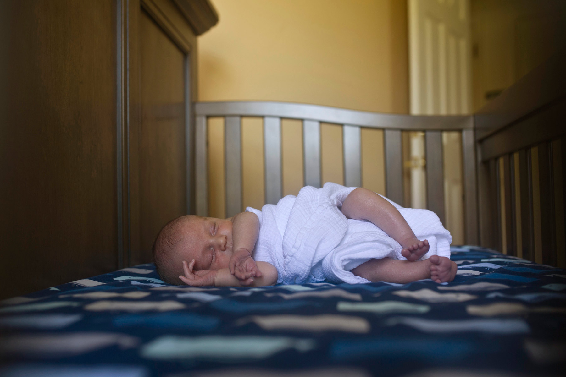 Main_Line_Newborn_photographer_Lifestyle_newborn_photographer05_sleeping_newborn.JPG