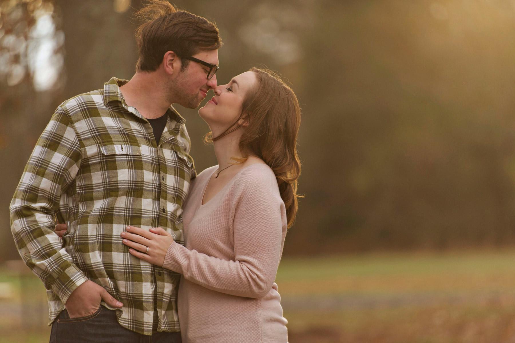 Bucks_county_engagement_session_Tinicum_Park_couple_kisses.JPG