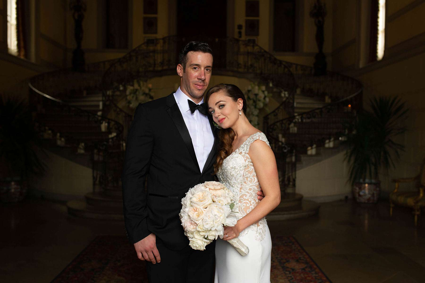 11_Bride_and_Groom_Oheka_castle.jpg