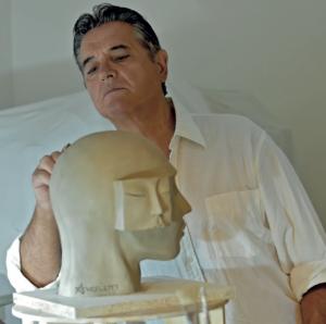 Lo scultore Guido Angeletti