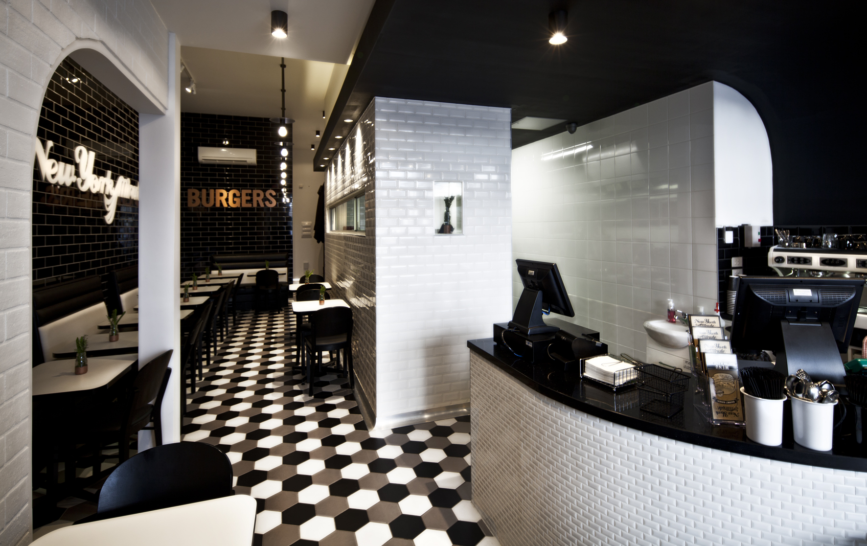 The Carlton - New York Minute Burgers - Restaurant fit out - Carlton