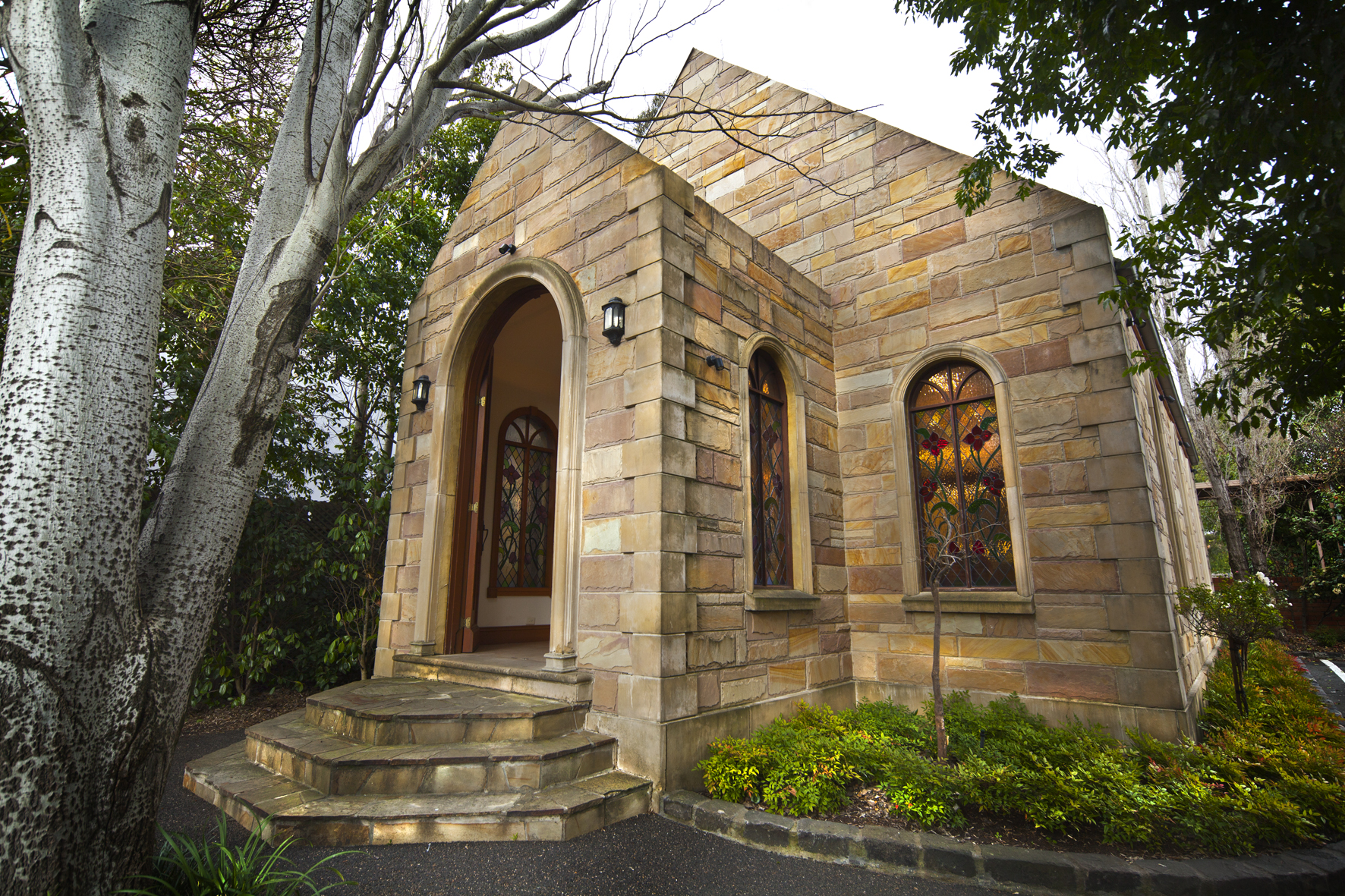 Sandstone Chapel - Elizabethan Lodge, Box Hill.