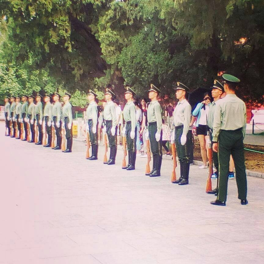 china-soldiers.jpg