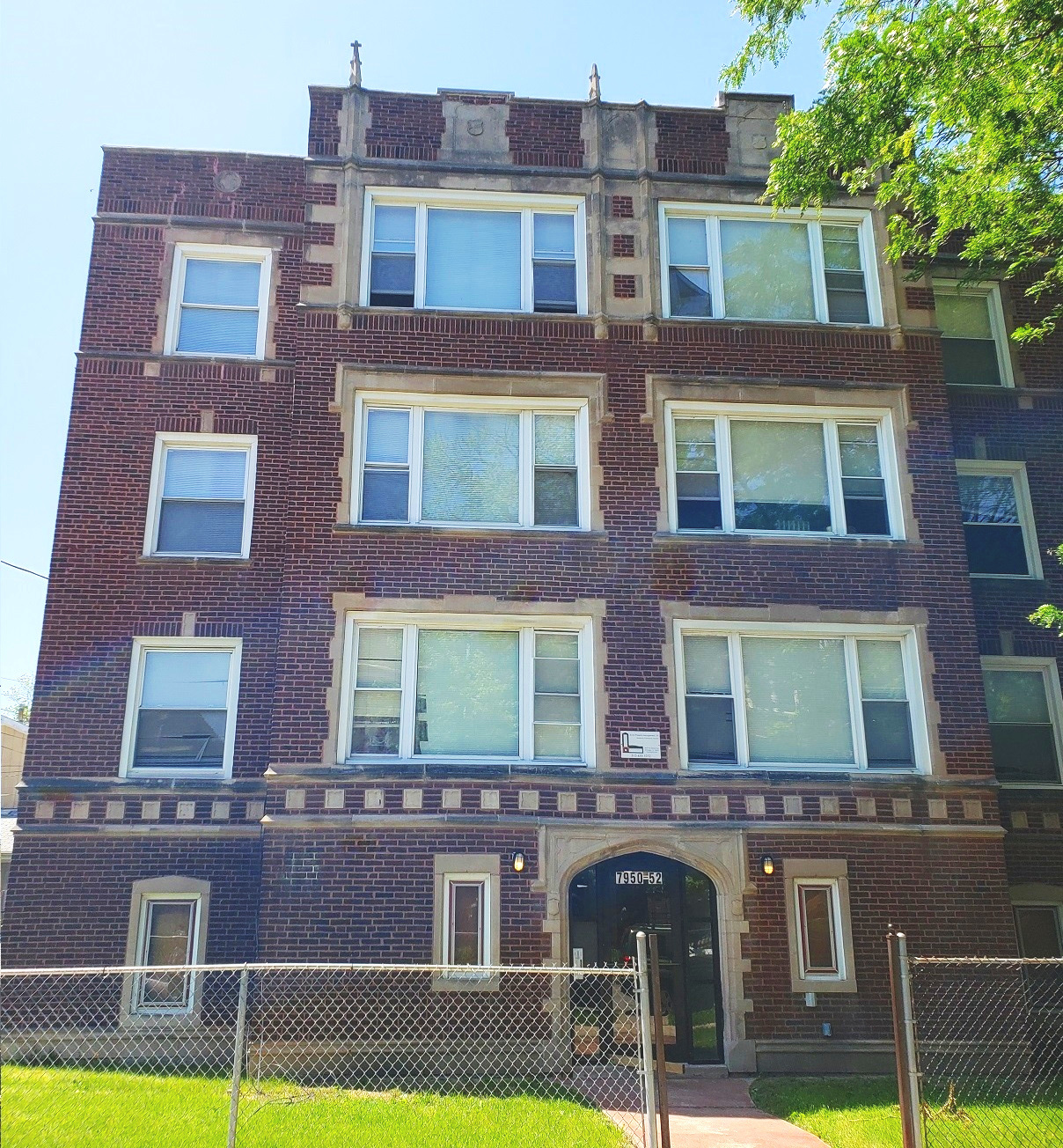 7952 S. Essex - Residential 6 flat
