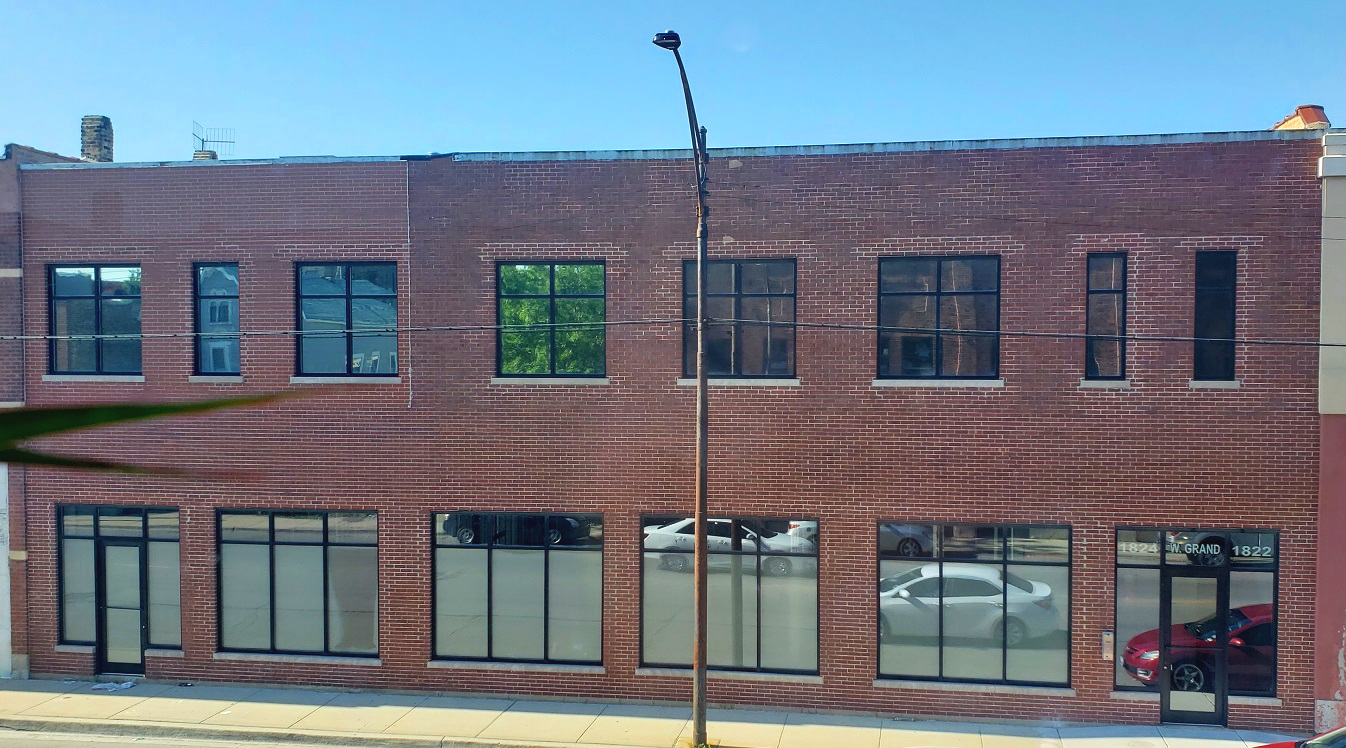 1824-30 W. Grand - Commercial / office