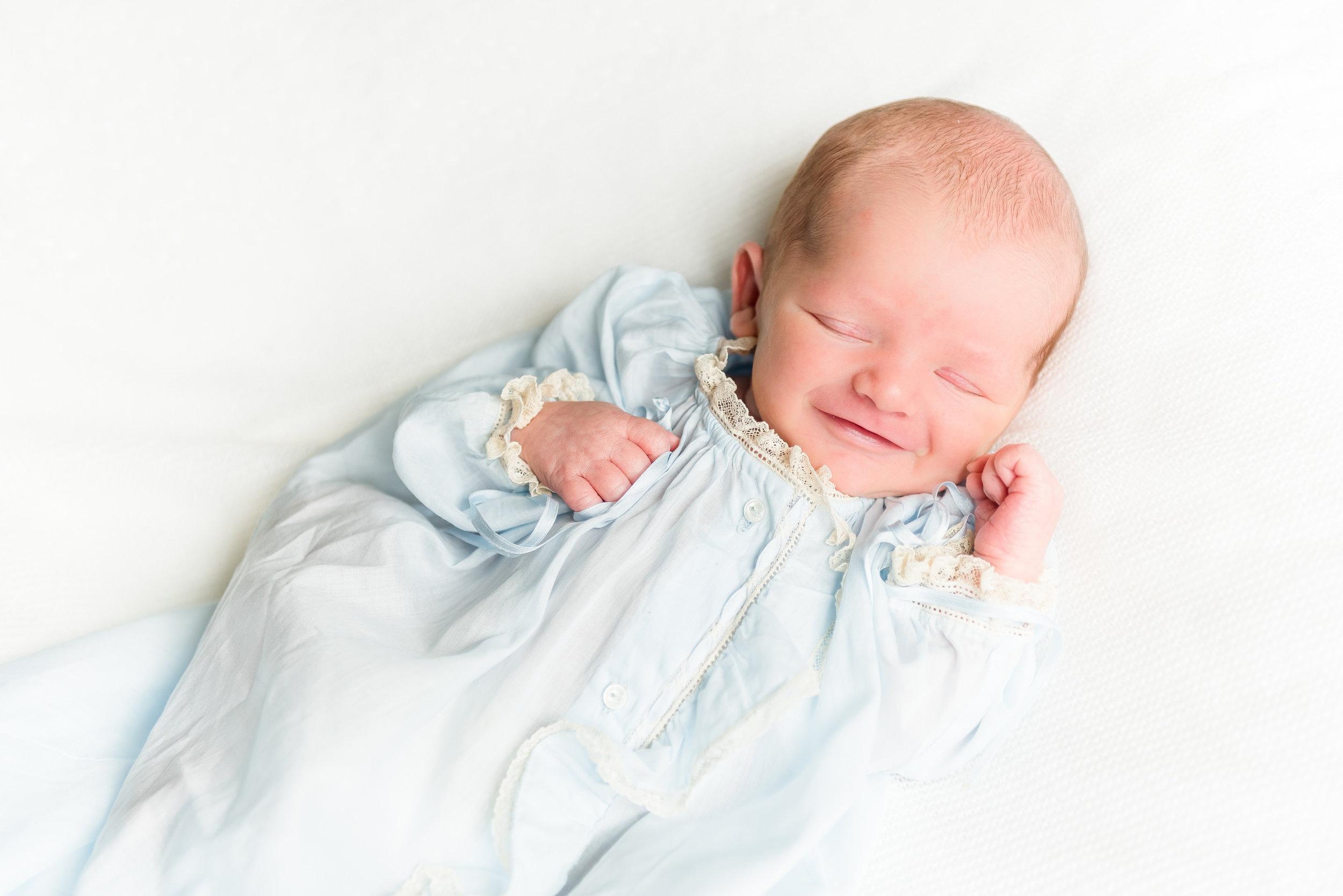 Newborn-.jpg