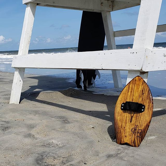 What a rad afternoon on Tybee. We actually had some pretty decent waves. Lots of fun on this handplane made by @jg_experience! So much fun made by such a awesome dude. Thanks again Josh I love it!! #surfpunkcoffee #surfpunk #coffee #surf #skate #wakeskate #wakesurf #skimboarding #bodysurfing #bodyboard #kayak #paddleordie #bmx #kustomkulture #chopper #bobber #coffeetime #coffeeporn #coffeemug #diy #roaster #smallbusiness #coffeeroaster #tybeeisland #georgia #punkrock #handplane #handboard