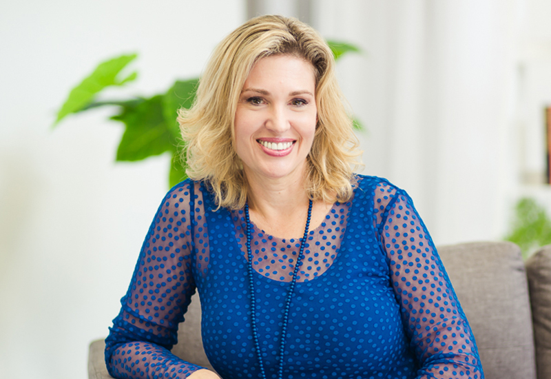 Pallas Hupe Cotter - Business Speaker, Inspirational Speaker, Conference SpeakerBook an Emmy award-winning former tv news anchor and reporter for your next event. Now a professional speaker, broadcaster, writer and mentor, Pallas was named New Zealand's Brightstar Emerging Speaker in 2017.