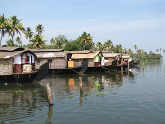 houseboat 1A.jpg