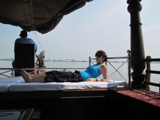 houseboat 18.jpg