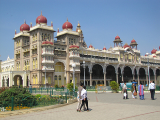 mysore palace 2.jpg