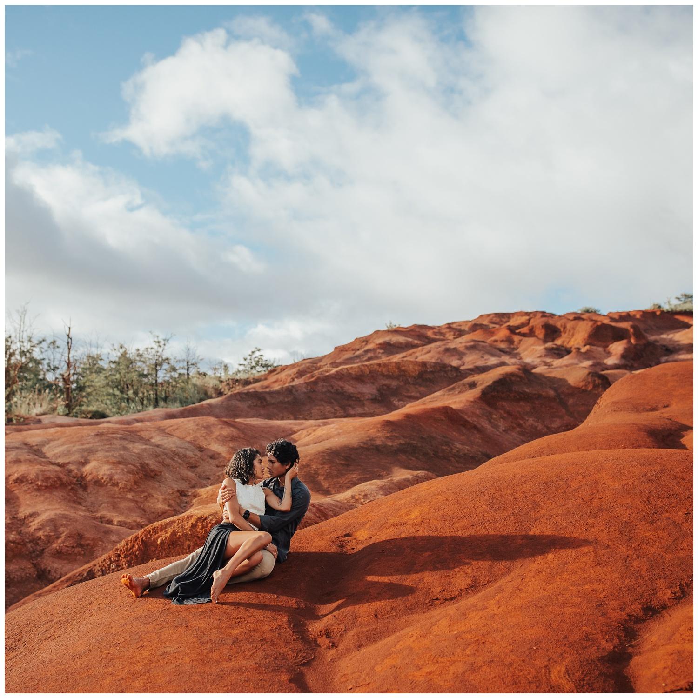 Meg's Marvels Photography - Kauai Hawaiian Island Engagement & Elopement_0405.jpg