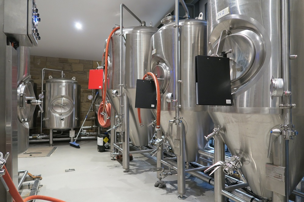 IMG_1831 tathra hotel humpback brewery old pokie room.JPG