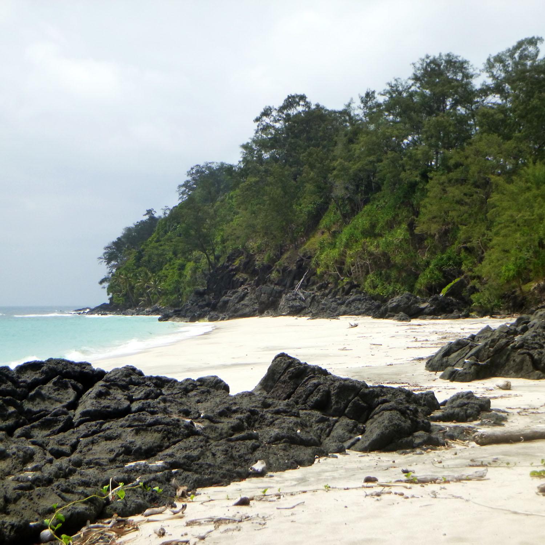 gonubalabala-love-beach-sand.jpg