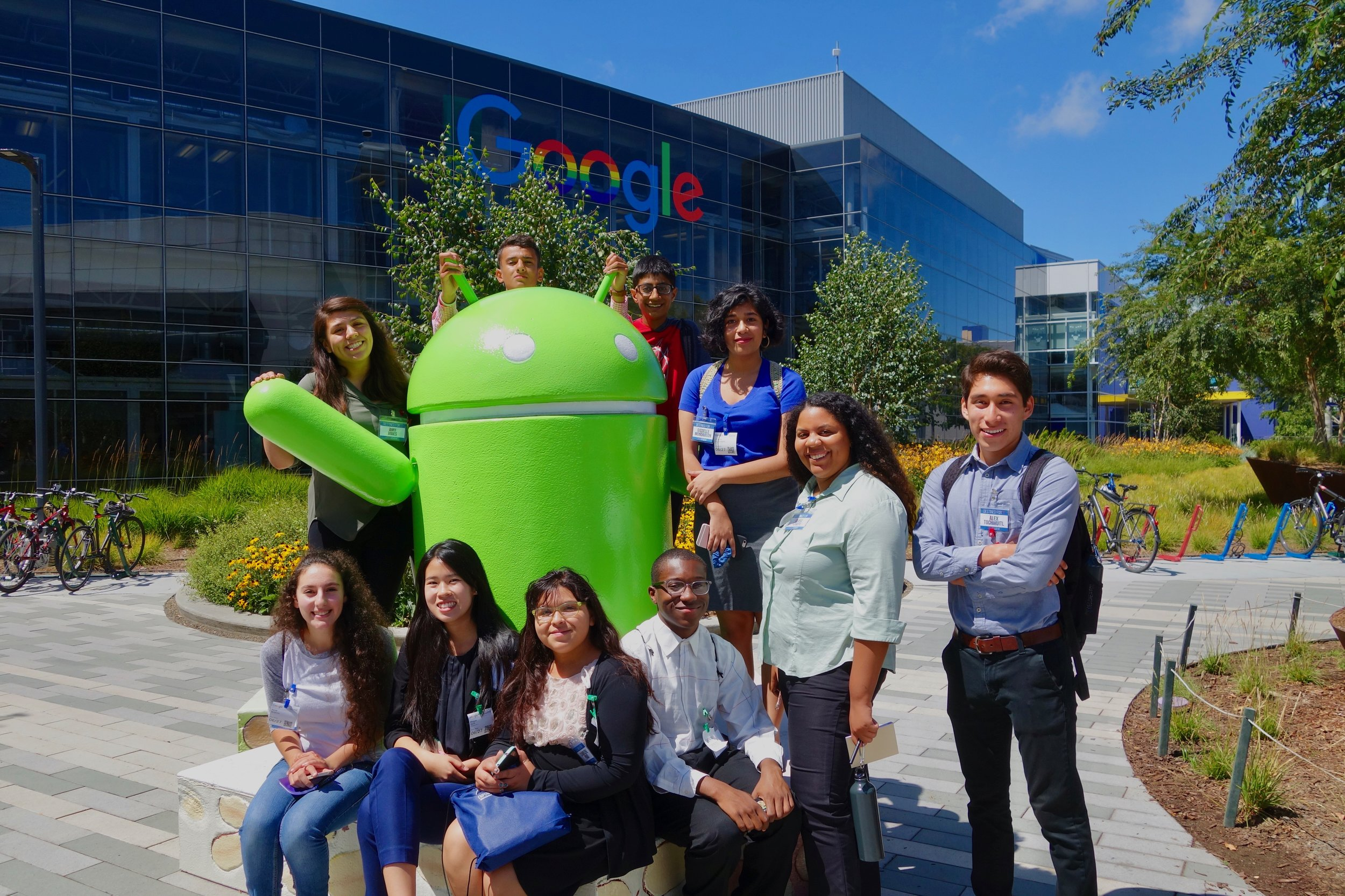 Our 2017 cohort posing in front of Googleplex, Mountain View, CA.