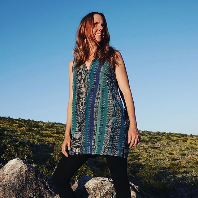 The Smockett Dress, a Boho Trader original made from recycled vintage Mayan Corte fabric. I've been taking so many orders for this everyday -dress it up or down - staple that I had a run made for the upcoming Traders and Makers Pop Up in Yucca Valley this April 13/14 at Acme 5 Yucca Valley.  Photo @enigmanote . . . #tradersandmakers #smockett #joshuatreeevents #yuccavalley #joshuatree #bohostyle