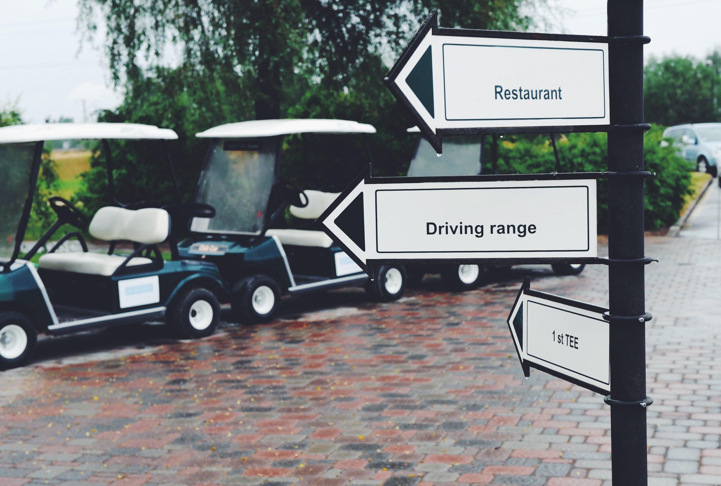 Golfclubrestaurantdriving.jpeg