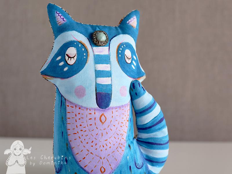 blue_raccoon_1.jpg