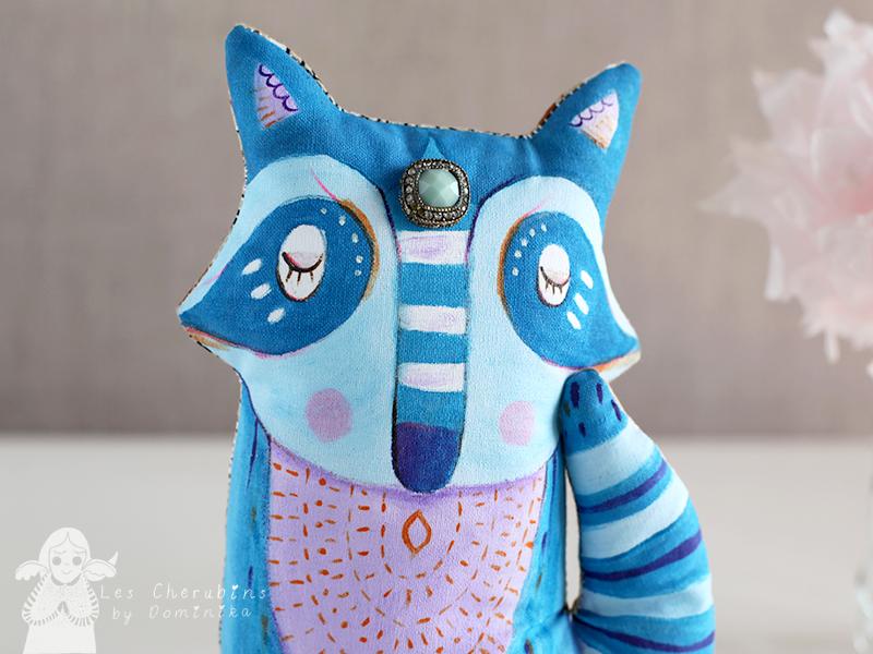 blue_raccoon_4.jpg