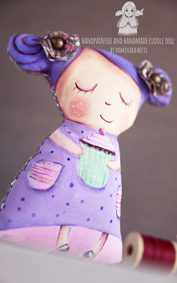 doll_cupcake_3.jpg