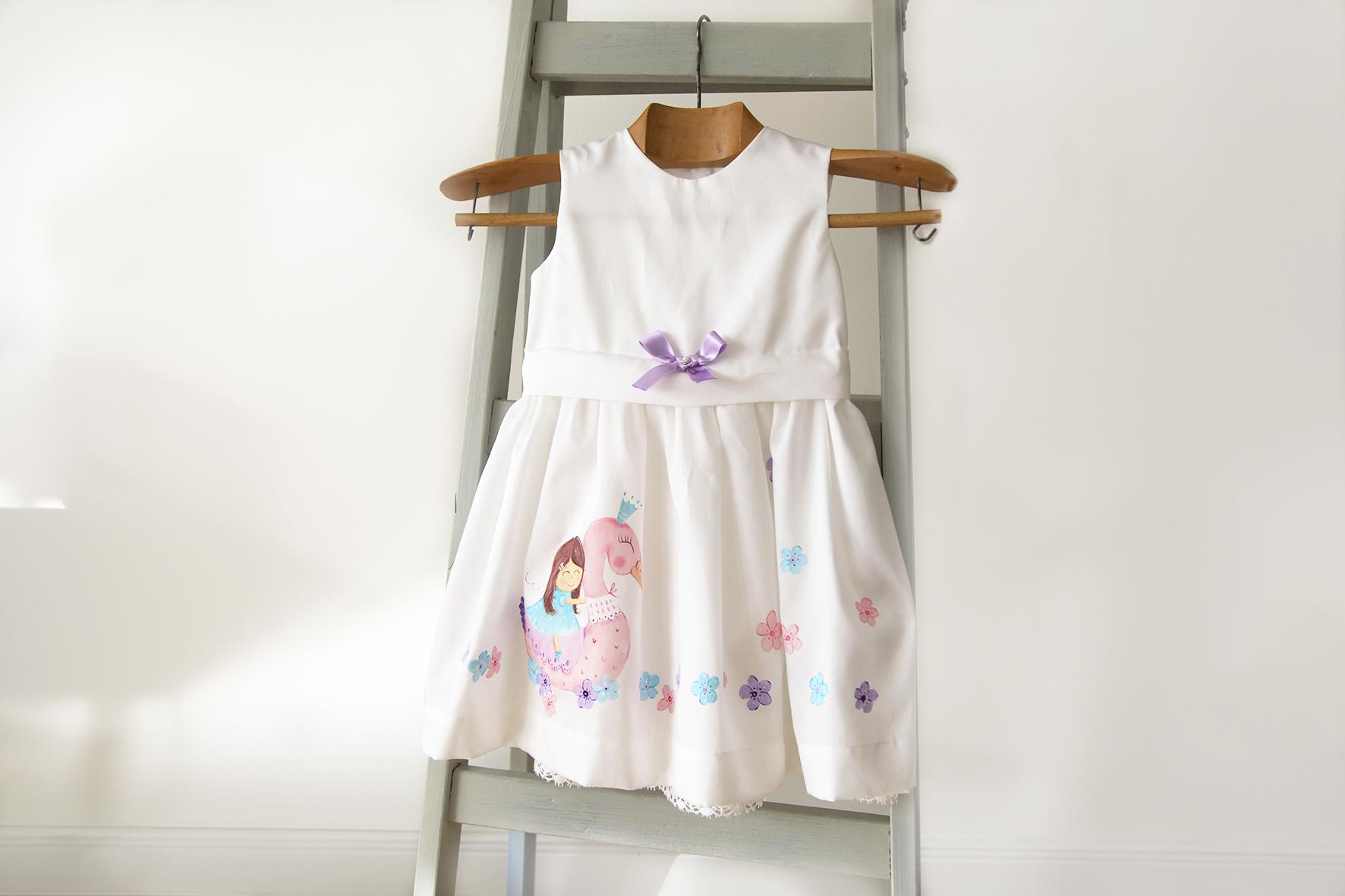 Luci_dress_2.jpg