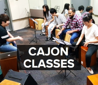 BEAT'ABOX School: Teachers & Students during a class.