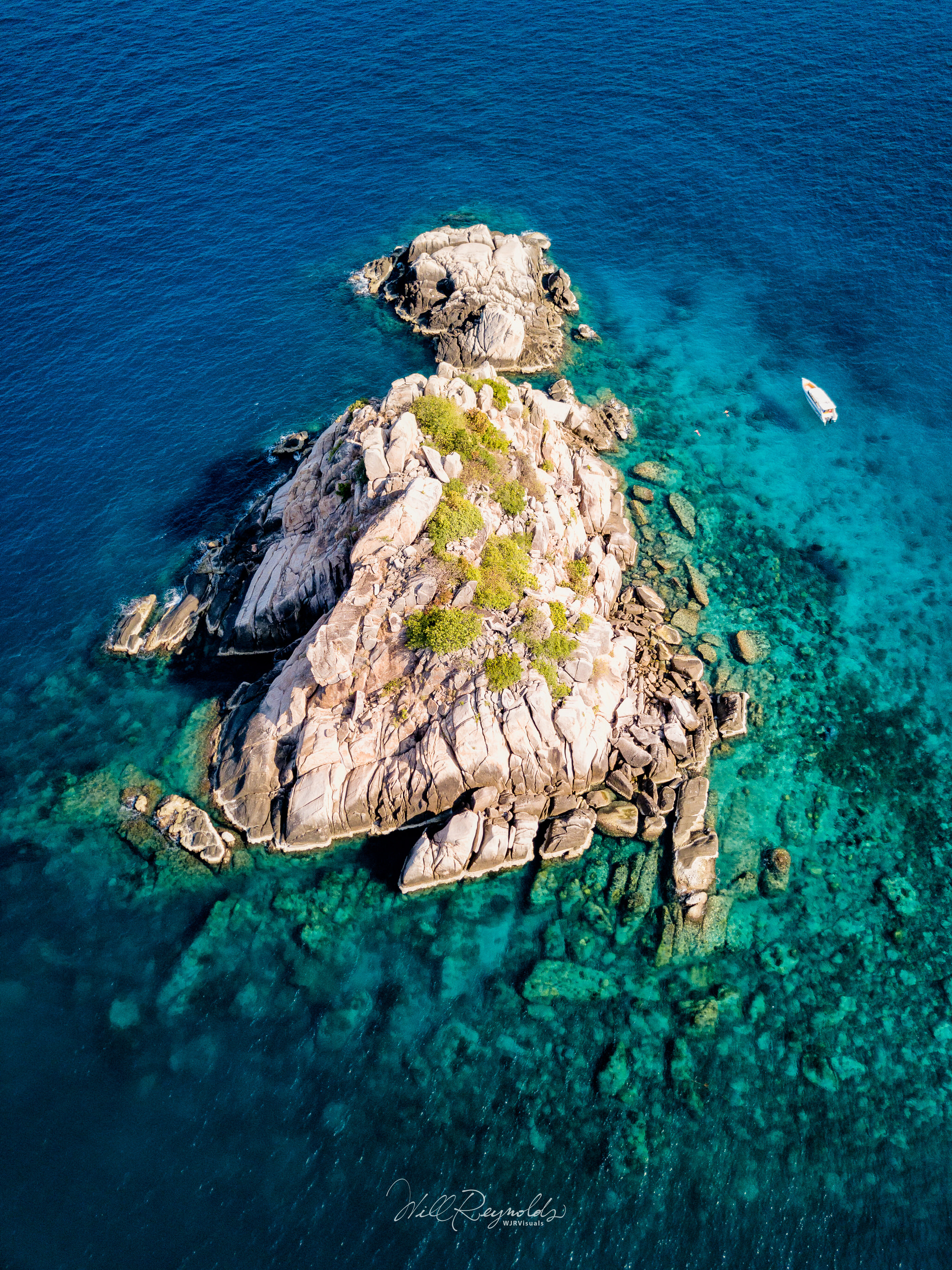Shark Island, Koh Tao - DJI Mavic Pro