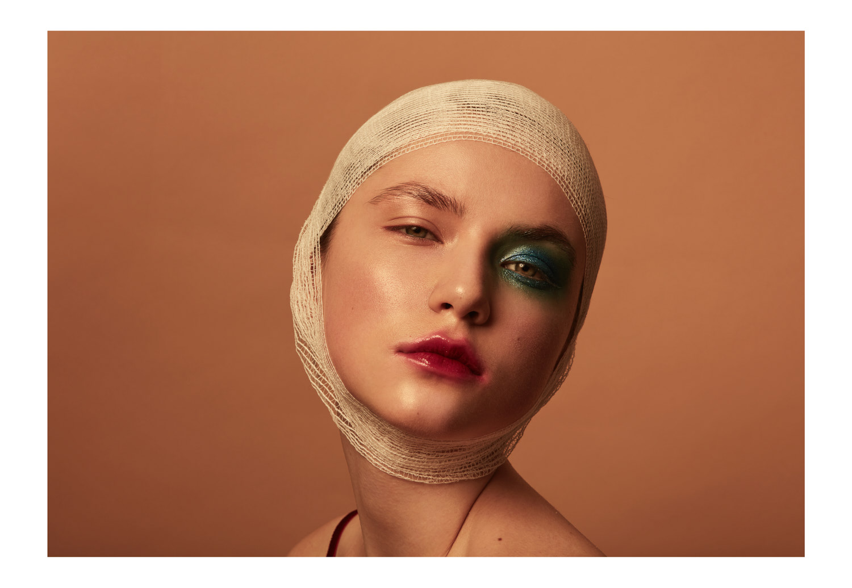 qandcumber_photography_fashion_advertising_beauty 2.jpg