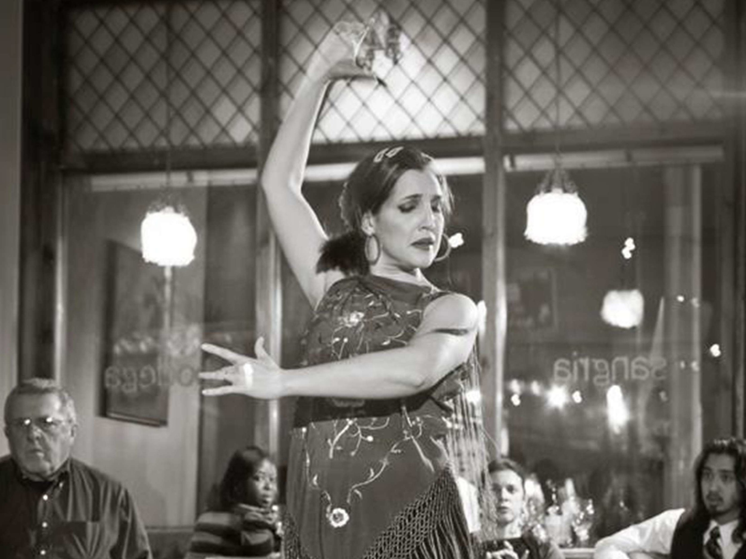 flamenco-dancer-at-spanish-party-in-boston-ma-with-harrington-events.jpg.jpg