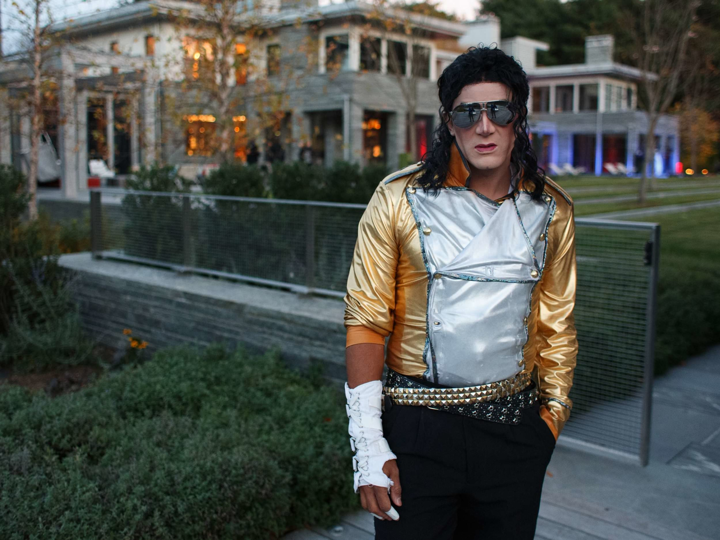 michael-jackson-impersonator-at-hollywood-party-in-boston-ma-michael-blanchard-photography-harrington-events.jpg