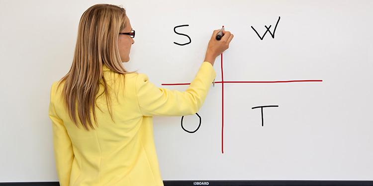10touch-interactive-whiteboard.jpg