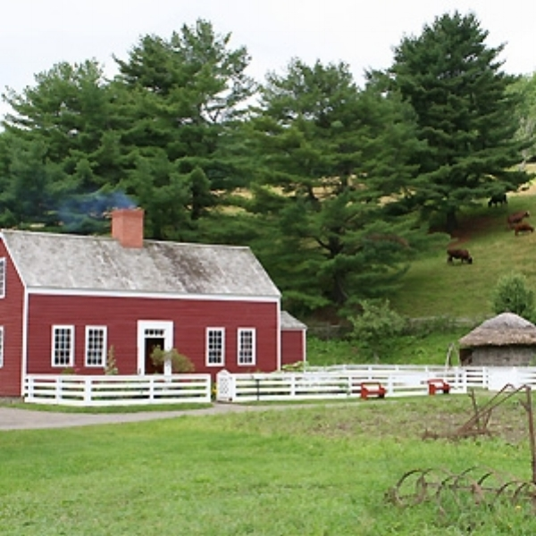 Lippitt Farmstead  - The Lippitt Farmstead is a living example of how a farm would have operated in the mid-19th Century.  Seasons are celebrated at the farm with the changing scene and changing occupations: cultivation and harvesting of hops, the area's most valuable crop of the period.