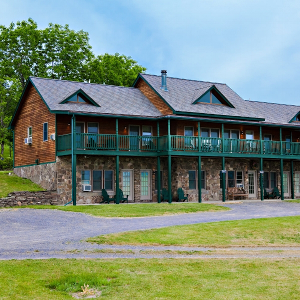 Inn at Grist Iron  - Come to the Finger Lakes region and launch your winery and brewery tour. Visit the award winning distillery, enjoy gourmet dining, and the natural beauty of our scenic property.
