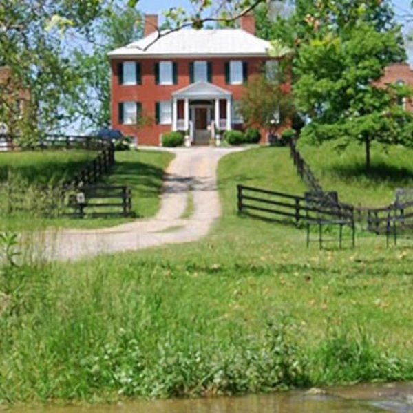 Smithfield Farm B&B -Our lodging accommodations are located just over an hour away from Washington DC with many charming towns you can visit on the way. Local Wineries, Historic sites, festivals and more!