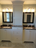 Omega Custom - Bancroft door style - Maple wood - Oyster Opaque - Stardust Galaxy Granite