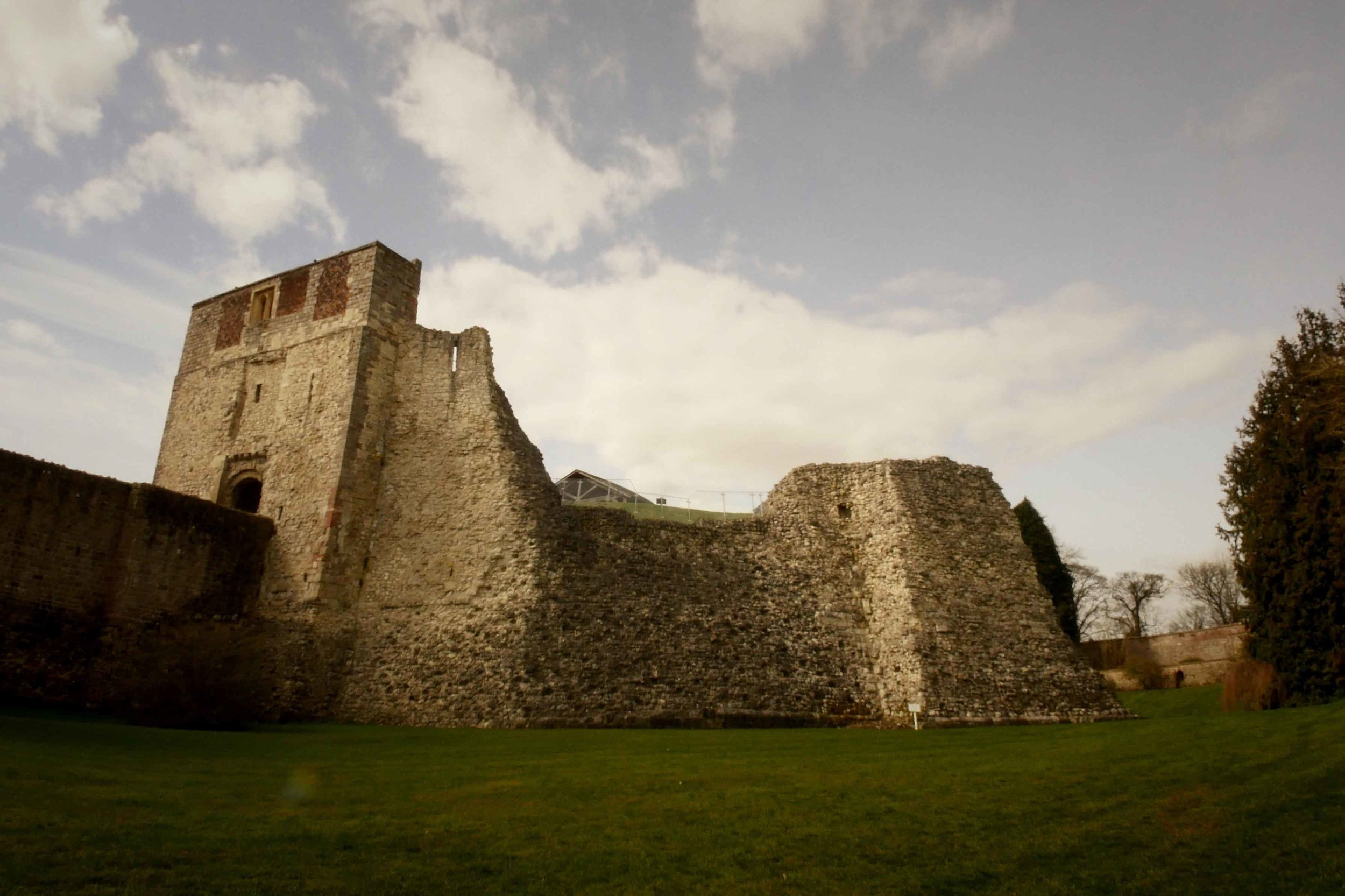 wedding-video-farnham-castle