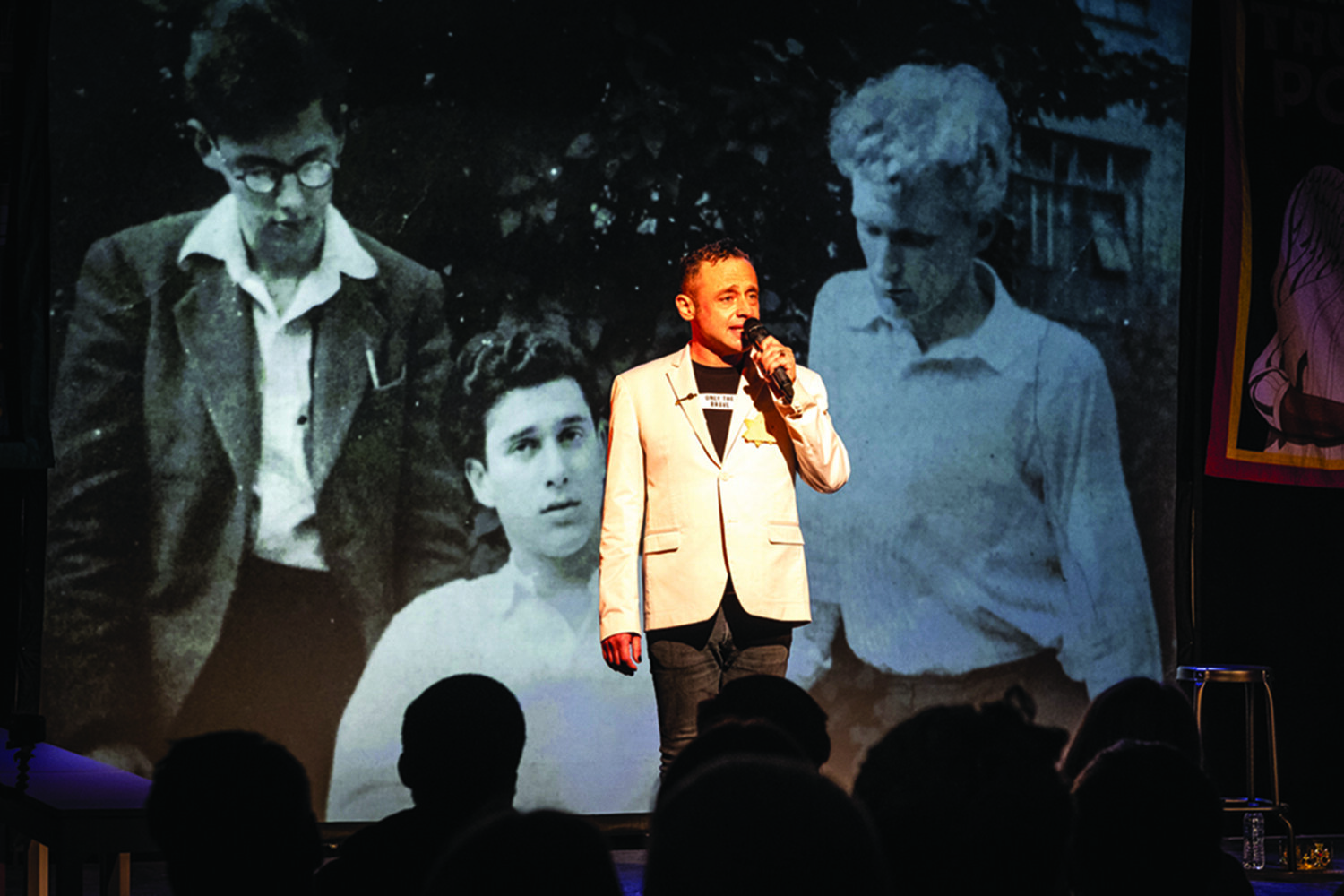 Jeremy Goldstein speaks in front of a projection of Mick Goldstein, Harold Pinter and Ron Percival © Jerome Whittingham