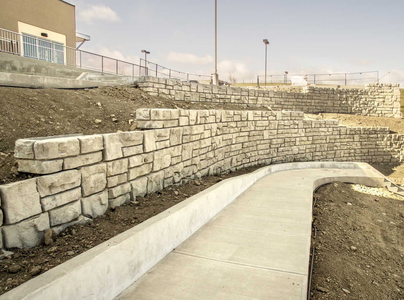 CONSITE_beacon heights_Large Retaining Wall.jpg