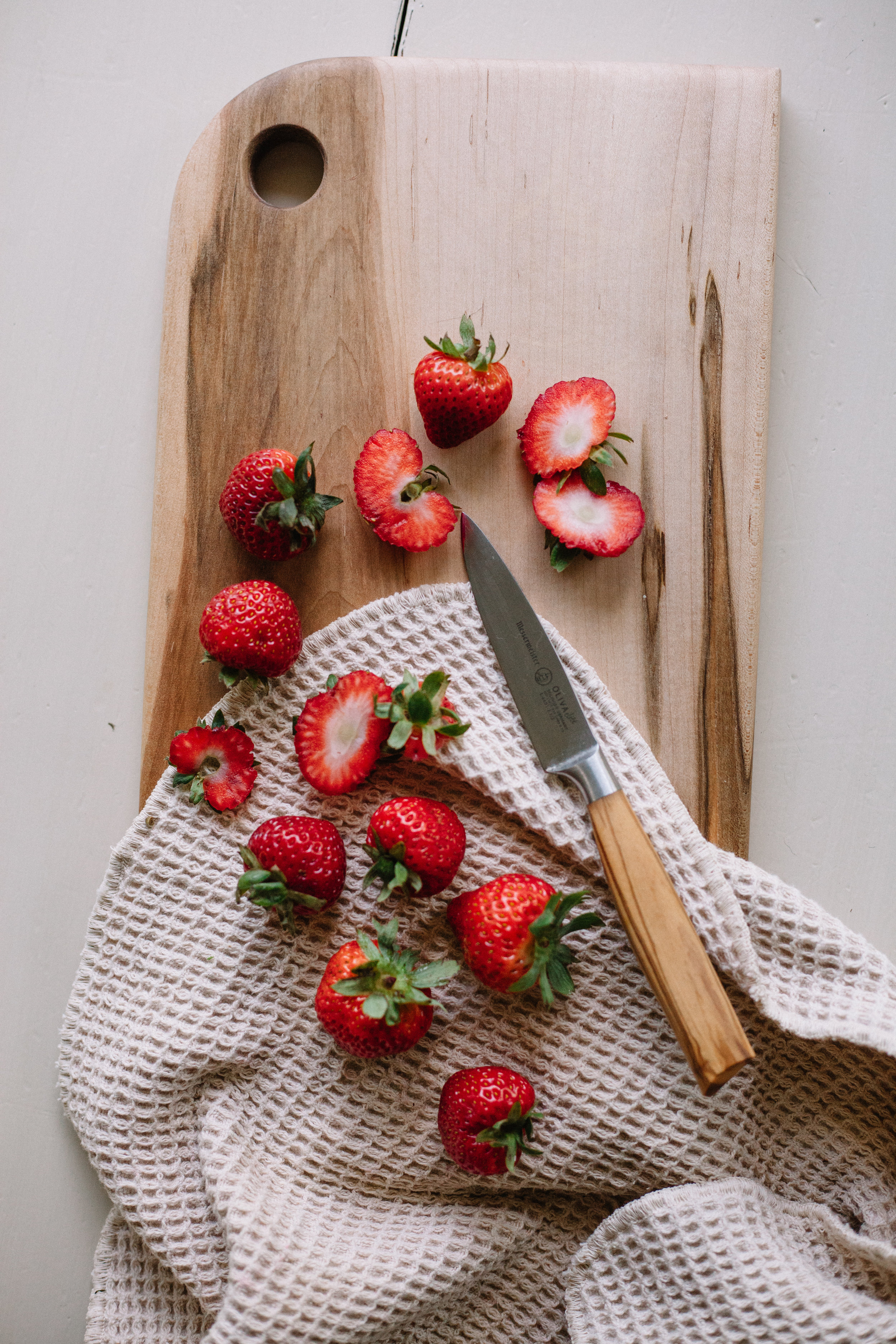 strawberry cardamom coconut milk ice cream | marina elaine gunn martin food
